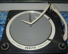 Zenith Cobra-Matic turntable, 1958
