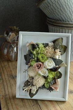 preserved flower  frame white beige silver