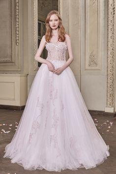 Cindy Wedding Gown #CindyWeddingGown #OtiliaBrailoiuAtelier #weddingdress #AnUntoldPoem