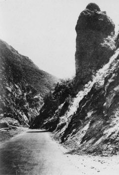 Sentinel Rock,Road,Topanga Canyon,California.
