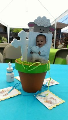 Baptism Centerpieces - love this idea but I would paint the pot and design it. Baptism Centerpieces, Party Centerpieces, Party Favors, Baptism Party, Baptism Ideas, Baby Boy Christening, Baby Dedication, Baby Shower, Event Decor