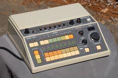 MATRIXSYNTH: Roland CR 8000 Vintage Analog Drum Machine