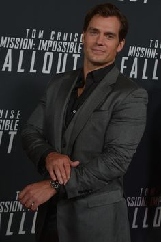 Henry Cavill Photos - Actor Henry Cavill attends the 'Mission: Impossible - Fallout' US Premiere at Lockheed Martin IMAX Theater at the Smithsonian National Air & Space Museum on July 2018 in Washington, DC. - 'Mission: Impossible - Fallout' US Premiere Henry Cavill, Fallout, Henry Superman, Henry Williams, Handsome Male Models, Raining Men, Fine Men, Hollywood Actor, Clark Kent