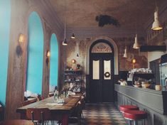 10 neokoukaných kaváren a míst v Praze! Restaurant Design, Restaurant Bar, Prague, Restaurants, Bar Design, Traveling With Baby, Cafe Bar, Trip Advisor, Berlin