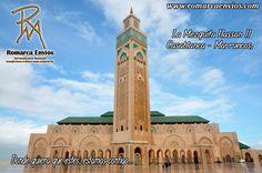 La Mezquita Hassan II, es una granmezquitaque se encuentra en la ciudad deCasablanca(#Marruecos) en elBoulevard Sidi Mohammed Ben Abdallah y es el templo más alto del mundo, y el segundo más grande (después de la mezquita deLa Meca). Cuenta con las últimas tecnologías como resistencia a terremotos, techo que se abre automáticamente, suelo con calefacción o puertas eléctricas.