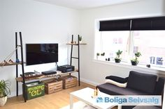 Poul Buås Vej 32, 1. th., 9000 Aalborg - Velkommen indenfor i denne skønne 3-værelses lejlighed i Vestbyen #ejerlejlighed #ejerbolig #aalborg #selvsalg #boligsalg #boligdk