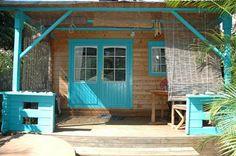 Le Jenju - Tout en bois, ces bungalows sont décorés avec goût. Des espaces petits et très mignons. ils sont tous équipés de salle de douche, toilette et cuisine toute équipée ainsi que de climatiseur...