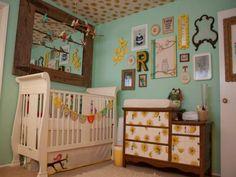 déco de la chambre bébé fille style vintage en jaune et vert