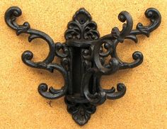 Cast Iron Ornate Swivel 3 Hooks