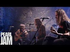 Happy birthday Eddie! 12-23-2016. Even Flow (Live) - MTV Unplugged - Pearl Jam