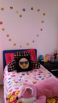 Dream Rooms, Dream Bedroom, Girls Bedroom, Bedroom Ideas, Bedroom Decor, Emoji Bedroom, Study Room Decor, Pastel Room, My Room