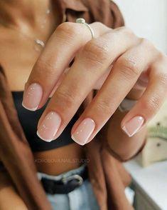 Nageldesign - Nail Art - Nagellack - Nail Polish - Nailart - Nails yes or no? Classy Nails, Stylish Nails, Casual Nails, Neutral Nails, Nude Nails, Coffin Nails, Glitter Nails, Shellac Nails, Pink Tip Nails