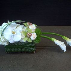 #beautiful #centerpiece #love #beauty #arrangement #decor #interior #design #create #creation #orchids #lily #white #glamour #green #bouquet #flowers #floraleinc