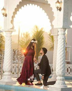 Indian Wedding Couple Photography, Wedding Couple Photos, Romantic Wedding Photos, Pre Wedding Photoshoot, Wedding Poses, Couple Shoot, Wedding Couples, Wedding Shoot, Couple Pics