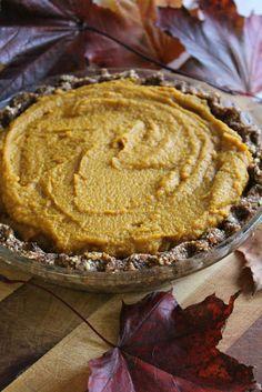 Totally Raw Pumpkin Pie