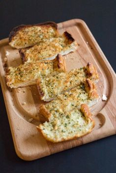 Make perfectly buttery, garlicky, and lightly cheesy homemade garlic bread with fresh garlic every time with this method!