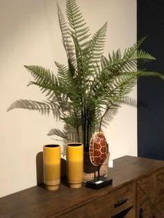 Op zoek naar leuke cadeaus voor de feestdagen? Kijk ook eens bij Trendhopper op Meubelplein Ekkersrijt! #cadeau #gift #cadeauidee #feestdagen #son #ekkersrijt #interieur #home #living #inspiratie #interior #accessoires #cadeaus #meubelpleinekkersrijt #sinterklaas #kerst #eindhoven #blog #interior #interiordesign #design #homedecor #home #architecture #decor #furniture #art #homedesign #interiors #decoration #inspiration #r #interi #interiordesigner #style #livingroom #interiorstyling Home Design, Nars, Planter Pots, Home Decor, Decoration Home, Home Designing, Room Decor, Home Interior Design, Home Decoration