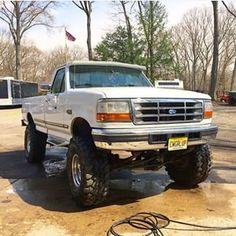 @brandibolkema owns a beautiful 97 F-350 Powered by a big block 460. #OBS #Ford #F150 #F250 #F350 #Dodge #Chevy #1500 #2500 #3500 #Diesel #4x4 #Dually #Clean #OffRoad #BackRoad #Burnout #DirtRoad #Lifted #SAS #Fummins #Powerstroke #Duramax #Cummins #GoPro #Truckporn #Custom #BackRoadBoss #BackRoadBeautys