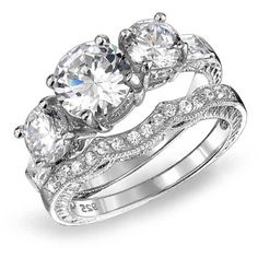 925 Sterling CZ Three Stone Wedding Engagement Ring Set Vintage ($39) ❤ liked on Polyvore featuring jewelry, rings, clear, rings ring sets, cubic zirconia engagement rings, 3 stone engagement rings, stackable rings, stacked wedding rings and antique engagement rings