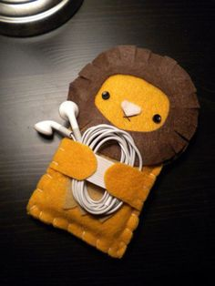 Lion iPhone / iPod Touch Cozy