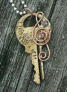 Use metal stamping on old keys to customize a cute necklace/pendant. Key Jewelry, Stamped Jewelry, Metal Jewelry, Jewelry Crafts, Jewelry Art, Jewelery, Jewelry Design, Jewelry Making, Vintage Keys