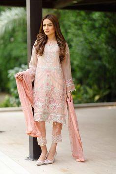 #BaroqueChantelleVol1 #ChantelleVol1 by #Baroque #baroquefashion #tulippants #alyzehgabol #pakistanifashion #pakistanielite #pakistanidesigner #chiffon #luxurychiffon #chiffoncollection2016 #pretwear #formalwear #bellbottoms #tulipsalwar #lawn2016