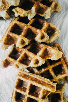 A delicious, mostly healthy recipe for Belgian Style Waffles made with spelt flour and naturally sweetened with banana and maple syrup! Banana Waffles, Pancakes, Waffle Recipes, Healthy Waffles, Savory Waffles, Waffle Mix, Belgian Style, Pancake