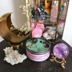 Witch Aesthetic, Aesthetic Rooms, My New Room, My Room, Crystals And Gemstones, Stones And Crystals, Spiritual Decor, Wiccan Decor, Crystal Aesthetic