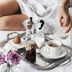 Szép vasárnapot mindenkinek! #goodmorning #morning #coffee #breakfast #weekend #weekendmood #chill #relax #sunday #repost @coffeexample  via MARIE CLAIRE HUNGARY MAGAZINE OFFICIAL INSTAGRAM - Celebrity  Fashion  Haute Couture  Advertising  Culture  Beauty  Editorial Photography  Magazine Covers  Supermodels  Runway Models