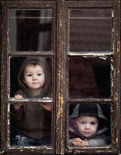 Eles e a janela.