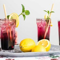 Here's a refreshing recipe for lemonade with wild blueberries and mint that everyone will love. You can make it for the kids with tap water instead of sparkling water if you like, but the grown-ups will probably prefer the sparkling version with vodka! Patience, Vodka, Sparkling Lemonade, Cocktail Mix, Wild Blueberries, Cocktails, Drinks, Fruit, Pint Glass