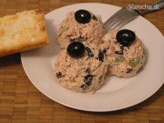 Tuniakový šalát (fotorecept) - Recept Pancakes, Grains, Rice, Breakfast, Food, Salad, Morning Coffee, Essen, Pancake