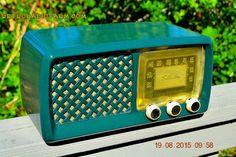 GARDEN HOME GREEN Retro Jetsons Vintage 1955 Silvertone Model 2014 AM Tube Radio Totally Restored!