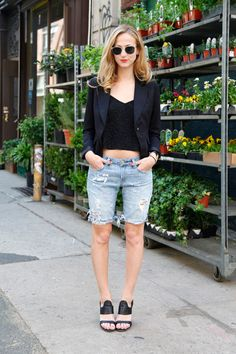 How To DIY 3 Extra-Cute Pairs Of Cut-Off Shorts #refinery29  http://www.refinery29.com/30687#slide29  Check these out! Our NY editor Annie rocks her cut-offs with a sharp blazer and architectural sandals.Photographed by Erin Yamagata