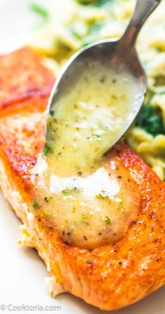 Easy Lemon Butter Salmon This Easy Lemon Butter Salmon recipe makes an elegant and delicious dinner Seared in a skillet on the stove top and ready in under 20 minutes FOL. Salmon Dishes, Fish Dishes, Seafood Dinner, Fish And Seafood, Butter Salmon, Baked Salmon Recipes, Skin On Salmon Recipes, Salmon Recipes Stove Top, Salmon Recepies