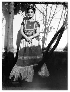 * Frida Kahlo photo Leo Matiz