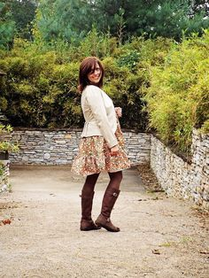 Stylish Outfits, Cute Outfits, Fashion Outfits, Brown Tights, Hippie Dresses, Pdf Sewing Patterns, Fall Wardrobe, Simple Designs, Step By Step Instructions