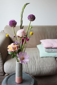judithslagter.nl / Judith Slagter #flowers #judithslagter #allium #craspedia