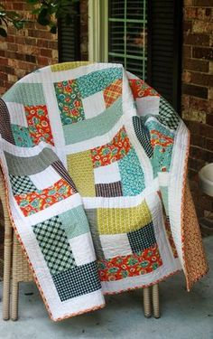 Garden Fence Quilt made by Cindy of Spin the Bobbin, The Pattern by Adrianne of . - Garden Fence Quilt made by Cindy of Spin the Bobbin, The Pattern by Adrianne of Little Bluebell - Quilt Baby, Colchas Quilt, Shirt Quilt, Quilting For Beginners, Quilting Tutorials, Quilting Projects, Sewing Projects, Quilting Ideas, Diy Projects