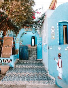 Deep down south in Egypt are the most colorful and feel good villages of the entire country. The Nubian Villages painted in all the colors of the rainbow. Places To Travel, Travel Destinations, Places To Go, Places In Egypt, Egypt Travel, Africa Travel, Kairo, Visit Egypt, Bahamas