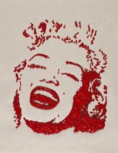 Titolo: Marilyn Monroe Tecnica: Acrilico con Sac a Poche Tempo d'esecuzione: 6 minuti #portrait #art #MarilynMonroe