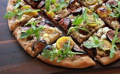 The Bojon Gourmet: Fresh Fig Flatbread with Goat Cheese and Arugula--not healthy but yummmmmy sounding Gourmet Pizza Recipes, Veggie Recipes, Appetizer Recipes, Cooking Recipes, Healthy Recipes, Fig Flatbread, Goats Cheese Flatbread, Goat Cheese, Fig Pizza