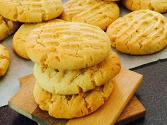 Egy igazán omlós és finom keksz elkészítését mutatjuk be nektek. Édes és…