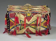 sioux parefleche | Cowan's Auctions Inc. Image 1 SIOUX POLYCHROME PARFLECHE TRUNK,