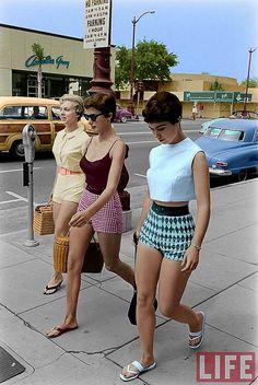 61 Ideas For Fashion Summer Shorts 61 Ideen für Mode Sommer Shorts Look Retro, Look Vintage, Vintage Mode, Vintage Woman, Vintage Beauty, Mode Outfits, Fashion Outfits, Fashion Fashion, Fashion Scarves