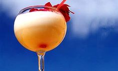 Pina colada koktél recept Cl, Wine Glass, Alcoholic Drinks, Tableware, Food, Pina Colada, Dinnerware, Tablewares, Essen