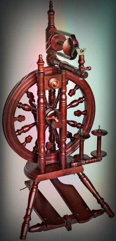 Kromski Minstrel Spinning Wheel. This is my wheel.