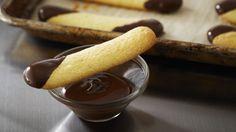 Boudoirs trempés dans le chocolat