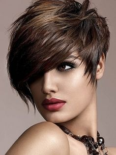 Short hairstyles trends 2015 | www-Likes.com | Likes travel, fashion, makeup, funny, celebs, hairstyles, facts, tattoos and more