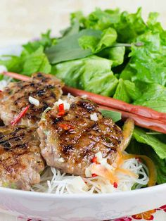 Bun Cha (Vietnamese Grilled Pork Meatballs) - naturally #glutenfree